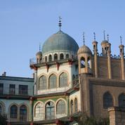 En Chine, les mosquées doivent hisser bien haut le drapeau national