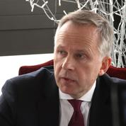 La BCE se réunit en Lettonie, éclaboussée par un scandale bancaire