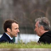Fake news : «Bayrou, reviens, ils sont devenus fous !»