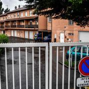 La mère des fillettes retrouvées mortes dans une caserne mise en examen pour «assassinats»