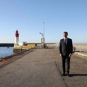 Au port du Guilvinec, Macron s'offre une visite sans risque