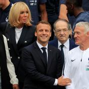 Coupe du monde : Emmanuel Macron ira en Russie si la France passe les quarts