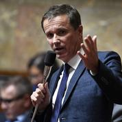 Nicolas Dupont-Aignan présente sa propre proposition de loi constitutionnelle