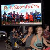 La Thaïlande fête l'incroyable sauvetage des enfants de la grotte