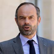 Constitution, déficit, retraites... Philippe assure le service après-vente au lendemain du Congrès
