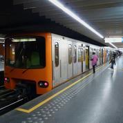 «Tous ensemble» de Johnny joué dans le métro bruxellois : la Stib a tenu son pari