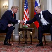 Trump prend parti pour Poutine, contre ses propres services