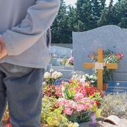 La tombe du colonel Beltrame, haut lieu de pèlerinage