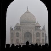 Attaqué par la pollution, le Taj Mahal est menacé de fermeture par la justice indienne