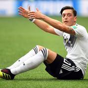 La Turquie salue le départ d'Özil de la sélection allemande