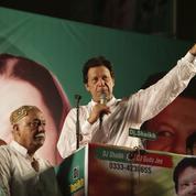 Pakistan : le virage conservateur d'Imran Khan, l'ex-sportif devenu religieux