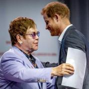 Elton John et le prince Harry alliés contre le VIH