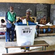 Les Maliens aux urnes pour évaluer la présidence IBK