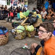 Indonésie : 560 randonneurs bloqués à la suite d'un séisme