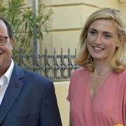 Julie Gayet : «Beaucoup de gens espèrent le retour de François Hollande»