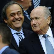 Mis en cause dans une enquête, l'ex-président de la Fifa charge Platini et Sarkozy