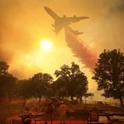 Des incendies géants ravagent la Californie