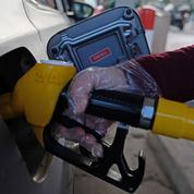 Gérald Darmanin défend les taxes sur les carburants