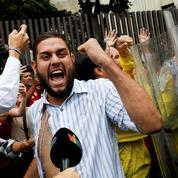 Venezuela : Nicolas Maduro réprime l'opposition après l'«attentat» dont il dit avoir été victime