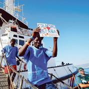 Espagne : la main tendue aux migrants provoque une polémique