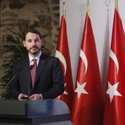Le nouveau ministre turc des Finances, gendre d'Erdogan, inquiète les milieux économiques