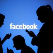 Sur Facebook, la fin des photos de vacances