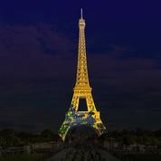 La tour Eiffel aux couleurs du Japon