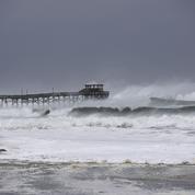 L'ouragan Florence commence à déferler sur la côte américaine