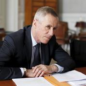 L'opposition critique l'intervention de Macron dans la succession du procureur Molins