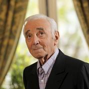 Macron : «Aznavour aura accompagné les joies et les peines de trois générations»