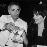 Elvis, Ray Charles, Liza Minnelli, Elton John... les plus grands ont repris les chansons d'Aznavour