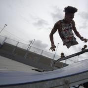 Skateur, surfeur, rappeur : Alca, le cul-de-jatte vénézuélien qui déborde d'énergie