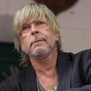 Le frère de Renaud rassurant : le chanteur est sorti de cure et «il va beaucoup mieux»
