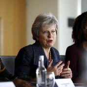 Theresa May veut lutter contre les inégalités au travail entre communautés ethniques