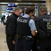 Prise d'otage à la gare de Cologne: la police n'exclut pas un attentat terroriste