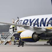 Un avion de Ryanair bloqué par l'État à Bordeaux pour se faire payer