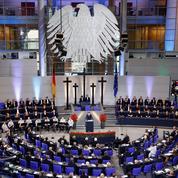 Europe: à Berlin, Macron exhorte Merkel à «dépasser les hésitations»