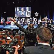Bousculé en Belgique, Macron lance un cri d'alarme sur l'Europe