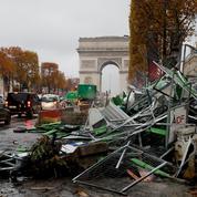 «Gilets jaunes»: Hidalgo exige des garanties de l'État après les dégradations de samedi à Paris