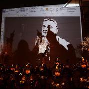 Hongrie : à Budapest, la rue conspue Orban et les télés aux ordres