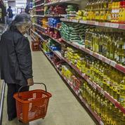 Frappés par la crise, les Argentins se préparent à un Noël au goût amer