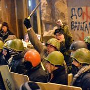 Le mouvement des «gilets jaunes» peut-il se comparer aux révolutions en Ukraine ?