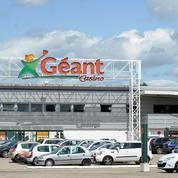 Casino vend six hypermarchés déficitaires à Leclerc