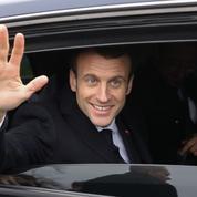 «Je ne suis pas sourd» : Emmanuel Macron retourne au contact des Français dans le Lot