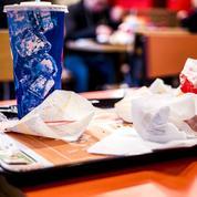 L'État pose un ultimatum aux chaînes de fast-food pour qu'elles trient leurs poubelles