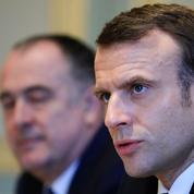 Taxe carbone: Macron ne veut pas répondre «à la colère» par une «hausse de la fiscalité»