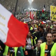 «Gilets jaunes»: une 19e mobilisation plus calme, dispersion tendue à Paris