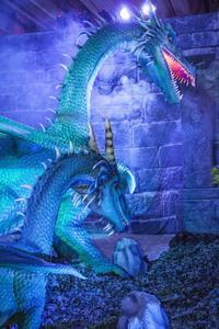La Cocatrix, un dragon d'un bleu intense.