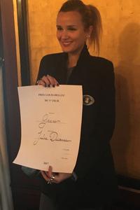Julia Ducourneau a reçu son prix.