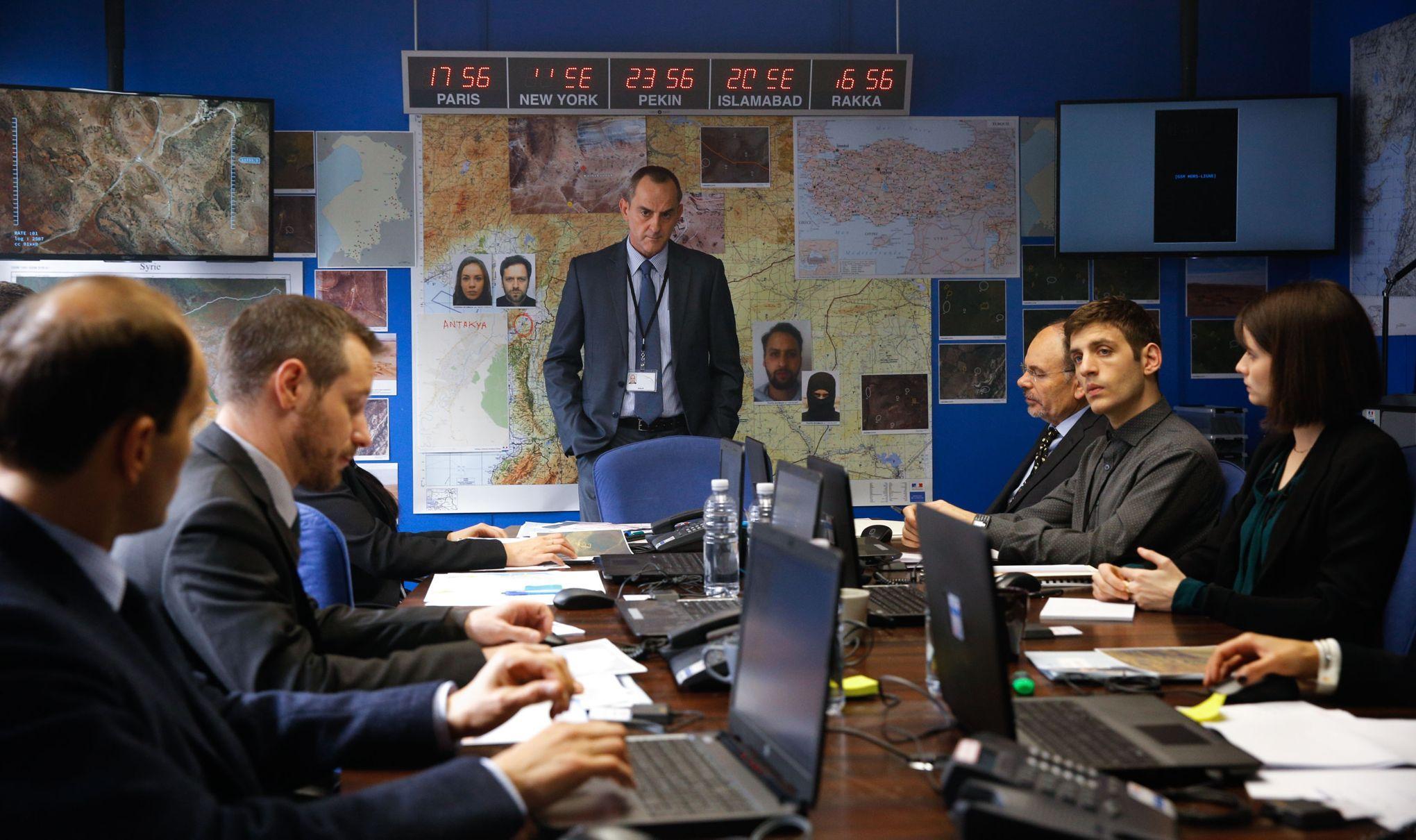 Le bureau des l gendes le vrai et le faux for Bureau des legendes